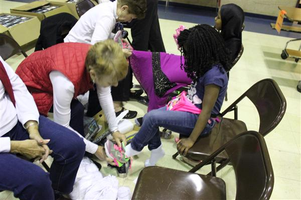 Assistance League Provides New Shoes To Jefferson Students