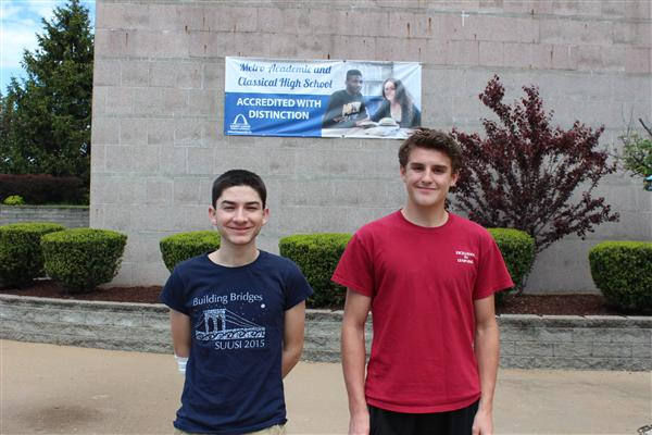 Two SLPS Students Named National Merit Finalist